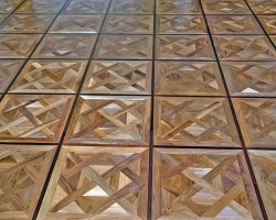 Walnut tiles - wenge borders